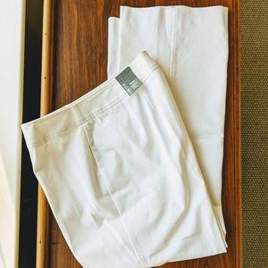 🌟NWT🌟 Chico's Getaway Pant Optic White size 14S